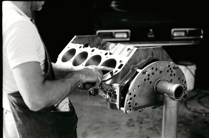 Bill Thomas 427 Camaro Engine 11