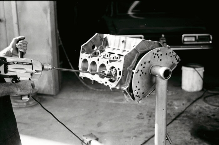 Bill Thomas 427 Camaro Engine 15