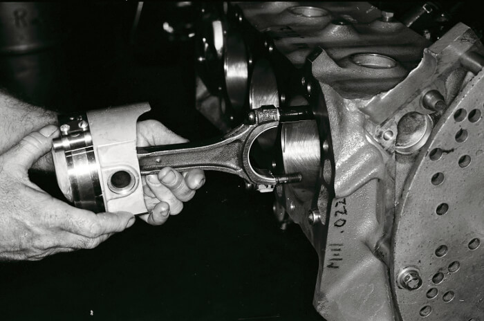 Bill Thomas 427 Camaro Engine 32