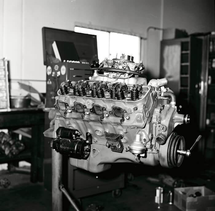 Bill Thomas 427 Camaro Engine 57