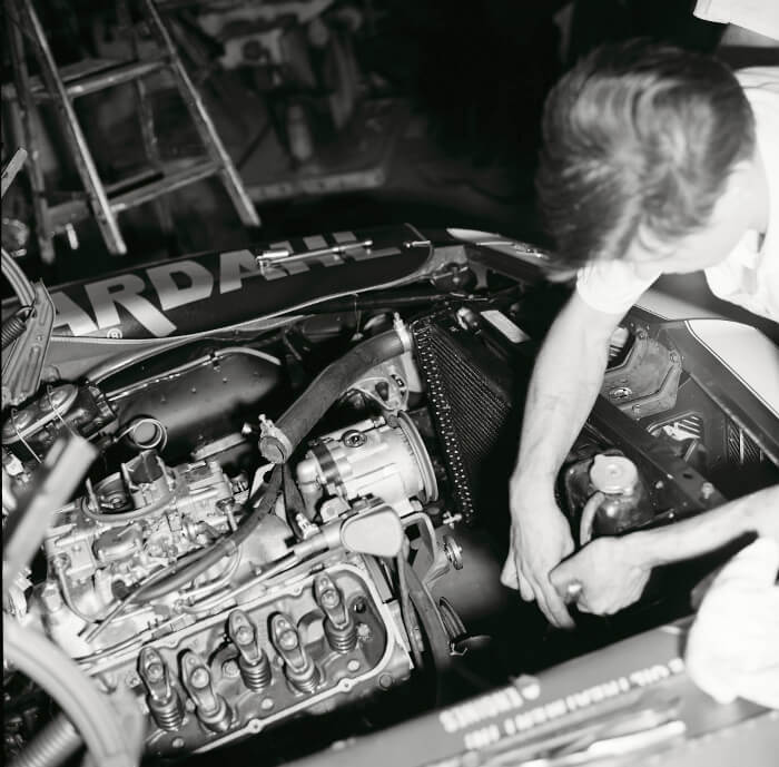 Bill Thomas 427 Camaro Engine Install 10